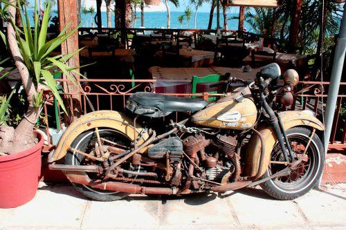 motorcycle harley davidson historically