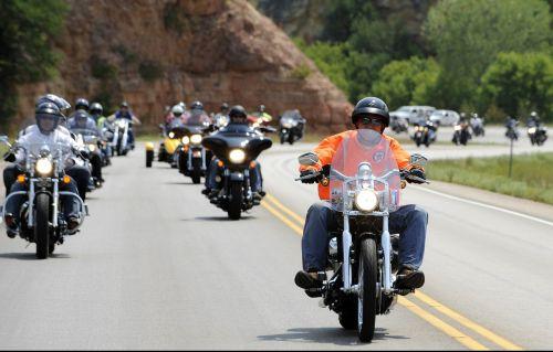 motorcycle rally motorbikes thunder