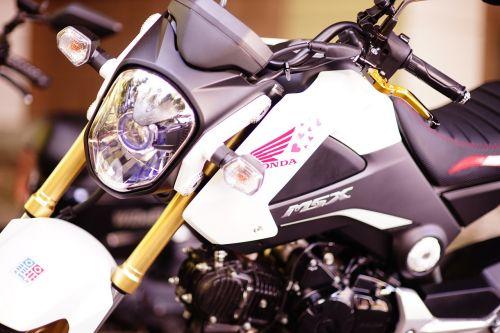 motorcycles honda parking