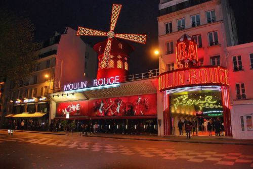moulin rouge paris red mill