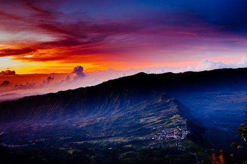 mount bromo  indonesia  sunrise