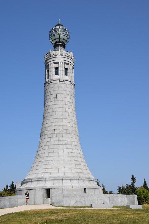 mount greylock  monument  massachusetts