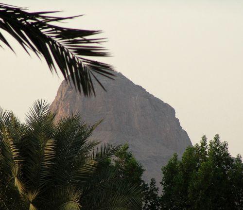 mount nur mountain mecca