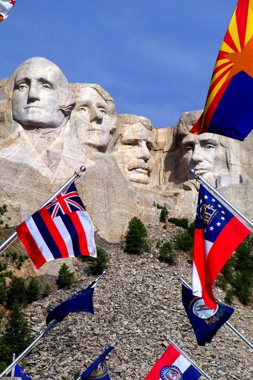 mount rushmore flags south dakota