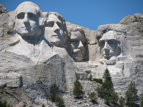 mount rushmore head of presidents custer park