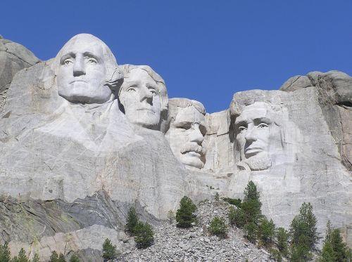 mount rushmore rock monument