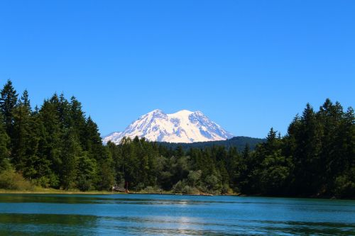 mountain mt rainier lake