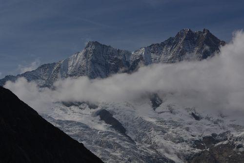 mountain saas-fee holidays