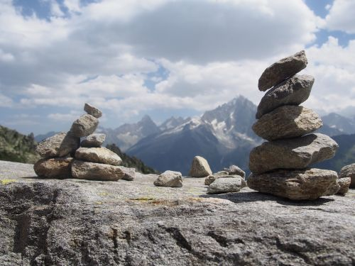 mountain cairn roc