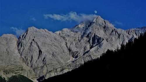 kalnas,zugspitze,oras akmuo,mėnulis,debesis,dangus,Rokas,akmuo,Alpių,aukščiausiojo lygio susitikimas,kraštovaizdis,zugspitze masyvas,įvedimas,kalnų peizažas,bavarija,steinig,Vokietija,aukščiausių kalnų,gamta