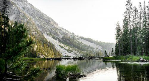 mountain lake green