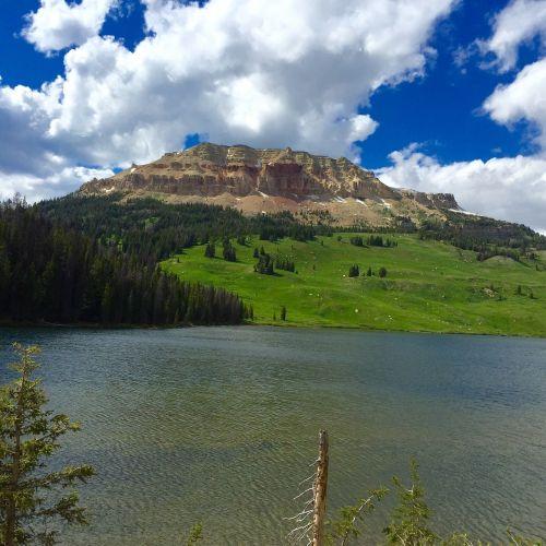 mountain lake montana