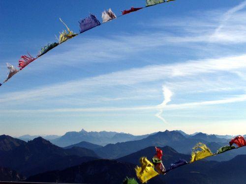 mountain flag summit