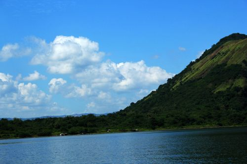 kalnas, žalias kalnas, debesys, gamta, miškas, medžiai, lapai, žalias, žalias & nbsp, ūkis, ūkis, dangus, kraštovaizdis, kalnas ir debesys 5