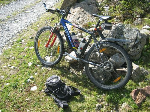 mountain bike cycling bike