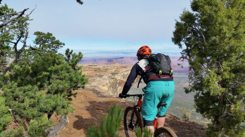 mountain biking adventure moab
