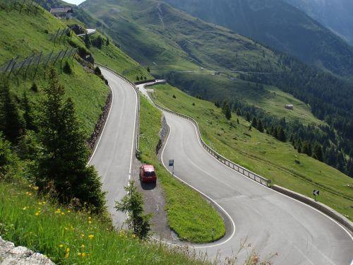mountain road serpentine view