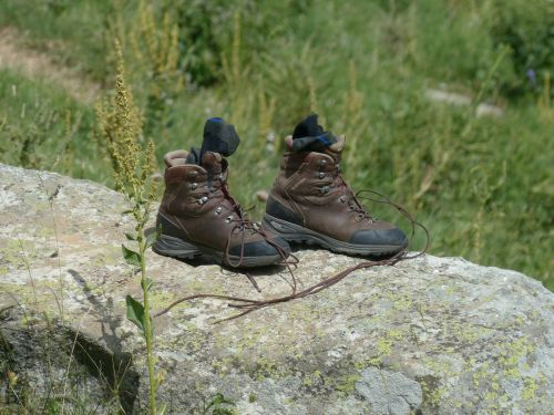 mountaineering shoes shoes hiking shoes