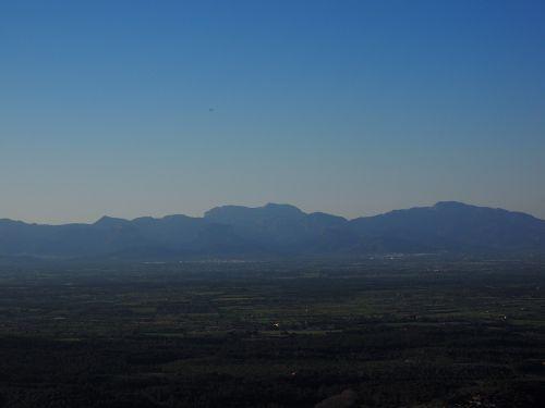 mountains serra de tramuntana mountain range