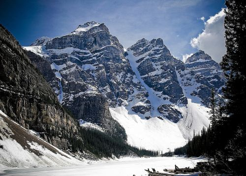 mountains,nature,rockies,landscape,mountain top,mountain landscape,beautiful landscape,peaks,inspirational landscape,sky,blue,canada,canadian