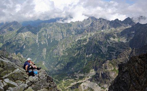 mountains tour hiking trail