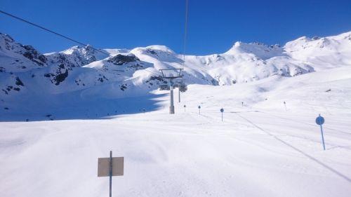mountains central switzerland snow