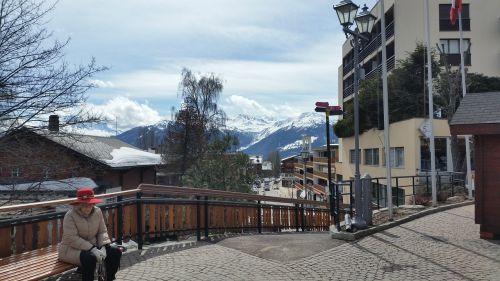 mountains granny town