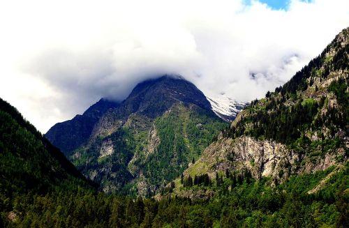 mountains clouds piedmont