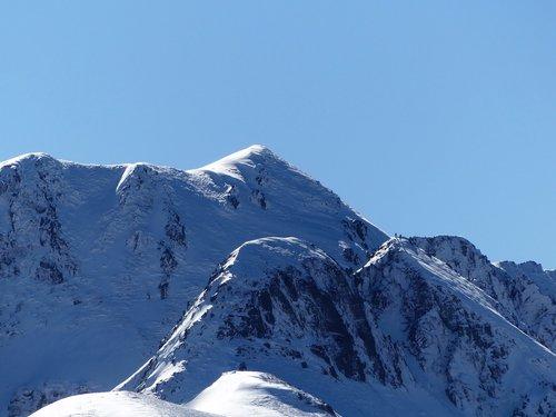 mountains  winter  landscape
