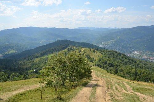 mountains  the carpathians  nature
