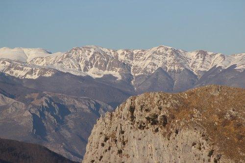 mountains  snow  peaks