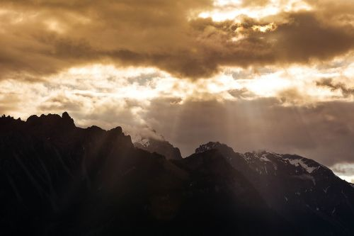 mountains mountain peaks landscape