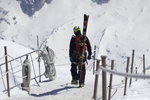 mountains skiing skis