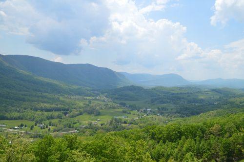 mountains virginia green fields