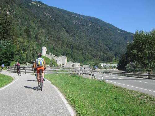 mountains italy cyclists