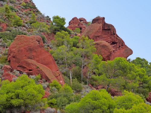 mountains montsant red sandstone