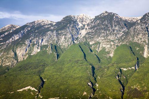 mountainside garda mountains
