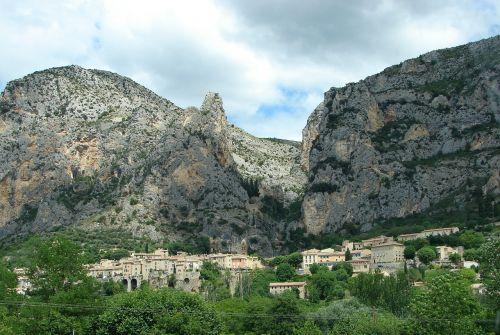 moutiers saint mary village france