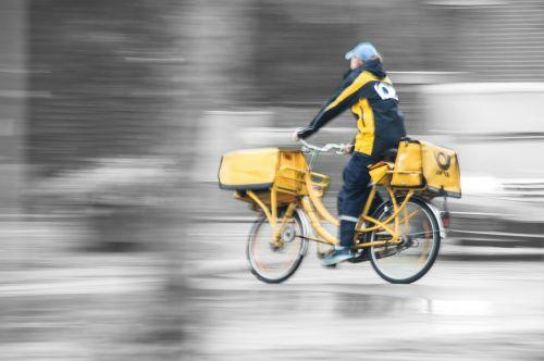 movement postman mitzieher
