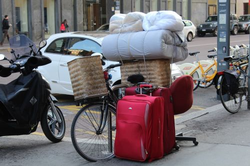 moving by bike removal suitcases