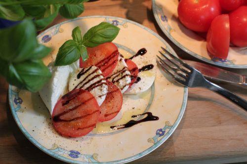 mozzarella tomato basil