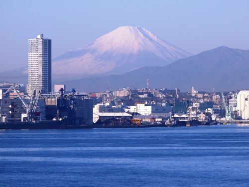 mt fuji yokohama the bay bridge