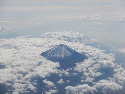 mt fuji sea of clouds fuji san
