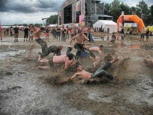 mud rain puddle