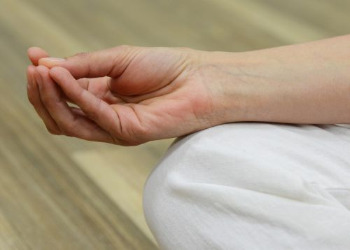 mudra meditate energy