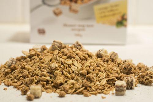 muesli peanuts wholewheat sliced