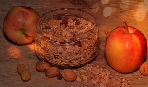muesli apple breakfast cereal