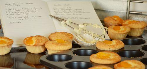 muffins bake cake