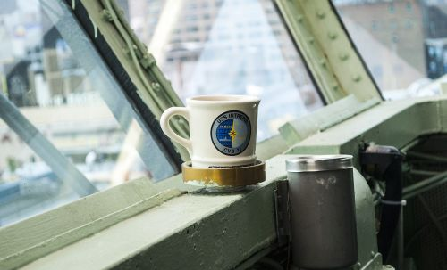 mug bridge aircraft carriers