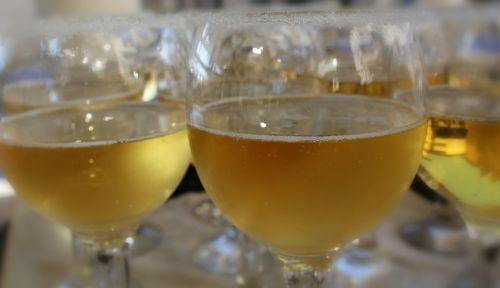 mugs champagne glass